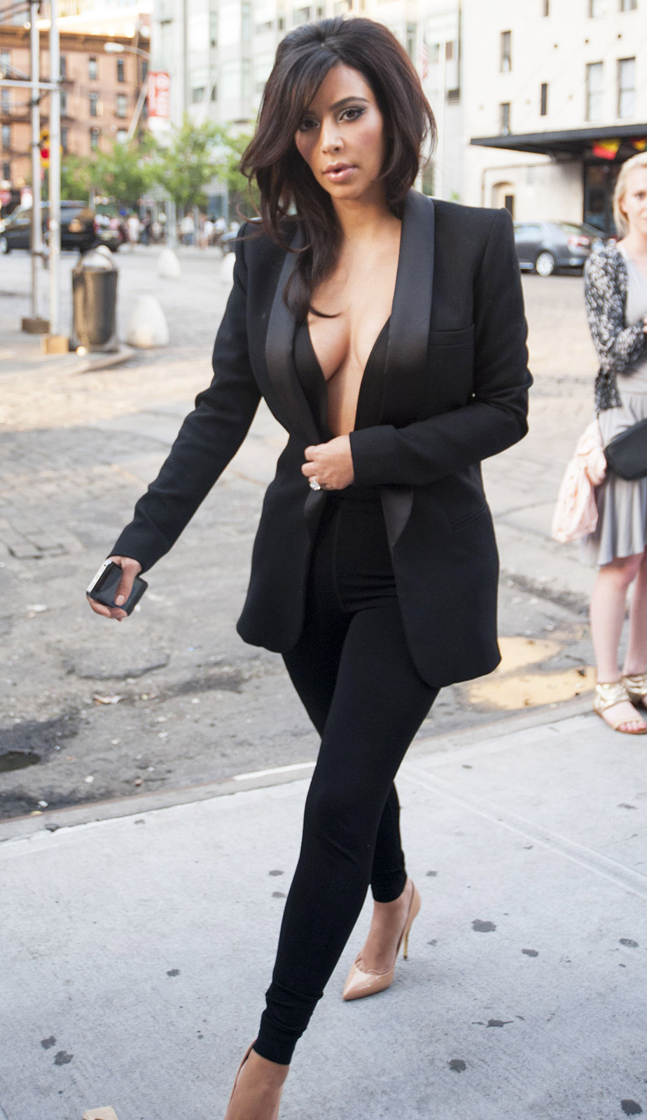 Kim Kardashian Wears Revealing, Cleavage-Baring Suit to Dinner with Kourtney Kardashian [Photo]