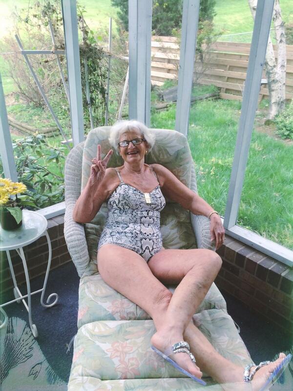 golie-starie-tolstie-tetki