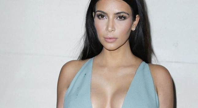 Miserable Kim Kardashian Is Already Thinking of Divorcing Control-Freak Kanye West