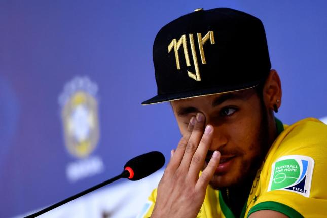 Neymar Tearfully Discusses 'The Worst Week of His Life' and His Hope That Messi Wins the World Cup