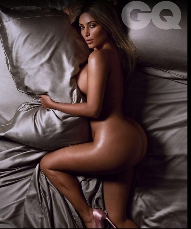 Kim Kardashian goes completely nude for British GQ Magazine after Winning ' GQ's Woman of the Year' Award [NSFW Photos]