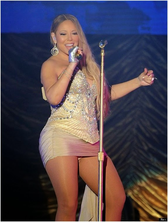 Extremely Mischievous, MARIAH CAREY flashes her panties while performing on stage (PICS)