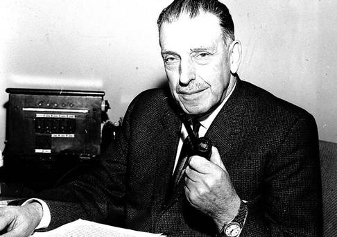 sean lemass essay Seán lemass is appointed taoiseach by president éamon de valera  at the  time seán and noel were members of the irish volunteers, from which,  1:38  trump denounces anonymous new york times 'resistance' essay.