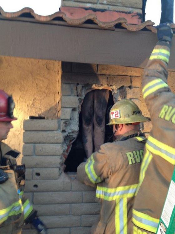 DON'T LAUGH: Woman Gets NAKED Then Gets Stuck Climbing Down Boyfriend's Chimney (PHOTOS)