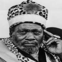 Here is WHY we Need To EXHUME Mzee Jomo Kenyatta and BURY Him at Kamiti Maximum Prison Grounds in UNMARKED GRAVE: How Mzee Jomo Kenyatta and Members of his Extended Family Embarked on a LAND GRABBING SPREE after Independence